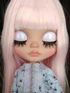 Blythe Doll Custom OOAK | Etsy Blythe Dolls, Girl Dolls, Baby Dolls, Pullip Custom, Custom Dolls, Shiny Eyes, Doll Makeup, Poppy Parker, Valley Of The Dolls