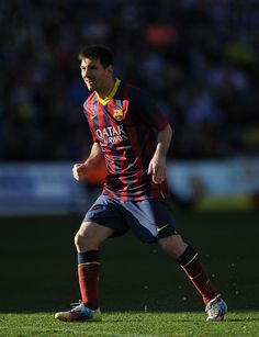 Lionel Messi of FC Barcelona reacts after taking a free kick during the La Liga match between Real Valladolid CF and FC Barcelona at Estadio Nuevo Jose Zorillo on March 8, 2014 in Valladolid, Spain.