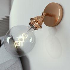Kovové nastaviteľné svietidlo na stenu alebo strop, možnosť pripojenia tienidla, medená farba. Interior Styling, Interior Design, Vintage Love, Home Deco, Ale, Wall Lights, Pearl Earrings, House Design, Vintage Lighting