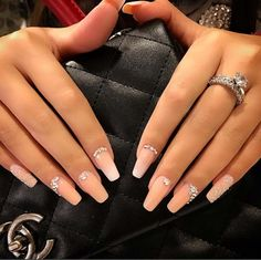 Nail Art Ideas For Coffin Nails - Ombre'd Peach - Easy, Step-By-Step Design For Coffin Nails, Including Grey, Matte Black, And Great Bling For Instagram Ideas. Includes Everything From Kylie Jenner Ideas To Nailart For Short Nails, Long Nails, And Beautiful Shape And Colour Like Pink. Polish For Jade, Glitter, And Even Negative Space - https://www.thegoddess.com/nail-ideas-coffin-nails