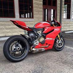"""""""Who loves Ducati? @ducatigram"""""""
