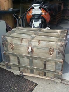 After photo of my steamer trunk. I used Annie Sloan chalk paint to update this trunk. Old Trunks, Vintage Trunks, Trunks And Chests, Vintage Suitcases, Antique Trunks, Chalk Paint Furniture, Furniture Projects, Cool Furniture, Trunk Makeover