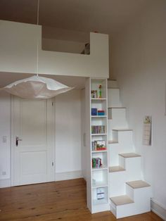Die empore: kinderzimmer von The gallery: Modern children's room by Christ & Holtmann Loft Stairs, House Stairs, Small Rooms, Small Spaces, Open Spaces, Mezzanine Bed, Kids Bedroom, Bedroom Decor, Attic Bedrooms