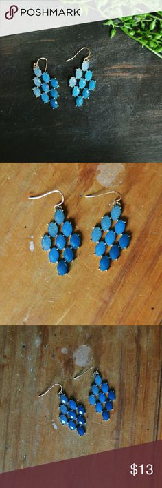 [boutique] ombre blue earrings Light blue to dark blue.  NEW! One pair in stock! Jewelry Earrings