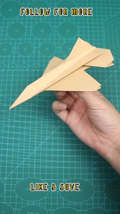 Paper Folding Crafts, Cool Paper Crafts, Fun Crafts To Do, Paper Crafts Origami, Diy Arts And Crafts, Make A Paper Airplane, Airplane Art, Paper Plane, Plane Crafts