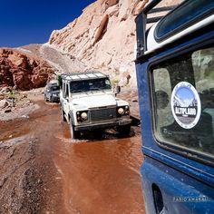 E segue a expedição pelo Valle del Arco Iris . #viajandodecarro #landrover #landroverdefender #defender90 #ruta #carretera #peru #chile  #argentina #cusco #machupicchu #puno #titicaca #atacama #atacamadesert #altiplano #onelifeliveit #fabioamaral #curtindoavidaadoidado #desiertodeatacama #natgeo #nationalgeographic #netgeotravel #valledelarcoiris by fabioamaralfotografias E segue a expedição pelo Valle del Arco Iris . #viajandodecarro #landrover #landroverdefender #defender90 #ruta…