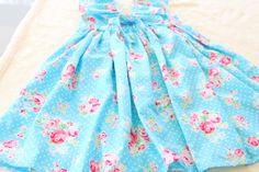Moocuzzi Handmade girls dress.