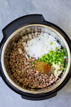 How to make the BEST Instant Pot Pinto Beans, with directions for both no soak beans and presoaked beans. Pressure cooking dry beans is so simple! This easy recipe includes both Mexican seasoned beans and plain unseasoned options. Vegan and vegetarian. Pinto Beans Recipe Vegan, Mexican Beans Recipe, Pinto Bean Recipes, Rice And Beans Recipe, Pinto Beans And Rice, Beans Recipes, Chili Recipes, Pressure Cooker Beans, Instant Pot Pressure Cooker
