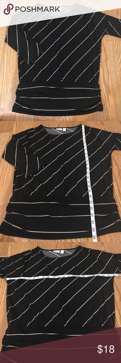 Chico's striped 3/4 dolman sleeve banded hem top Gently worn, excellent condition, no flaws, smoke free. Chico's size 1 equals a size 8/10 or Medium. 🛍Open to reasonable offers ONLY please! I will not consider unreasonable offers that are half the asking price. No trades. No Modeling. And please keep in mind Poshmark sets the $6.49 flat rate shipping. Thank you!☺ Chico's Tops