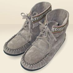 Women's Suede Leather Fringed Moccasin Concho Boots - Grey - 37594