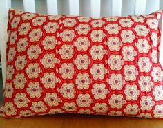 Flowering Pleats Pillow Tutorial by Olivia Jane Handcrafted