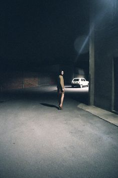 Artist: Kimberly Tell It reminds me of a Edward Hopper Painting Color Photography, Street Photography, Photography Topics, Night Photography, Stephen Shore, Photocollage, Jolie Photo, Photos Du, Night Photos