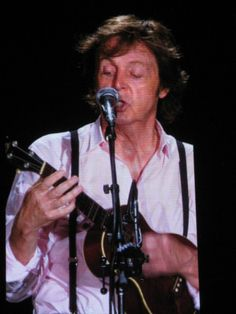Sir Paul McCartney on ukulele