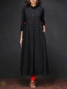 Black-White Ikat Mandarin Collar Handloom Cotton Kurta