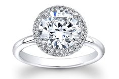 What a stunning ring - this timeless setting will last a lifetime