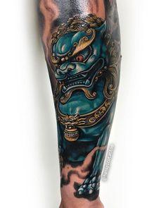 Japanese Tattoo Art, Japanese Tattoo Designs, Japanese Sleeve Tattoos, Dog Tattoos, Body Art Tattoos, Tattoos For Guys, Foo Dog Tattoo Design, Japanese Foo Dog, Small Dragon Tattoos