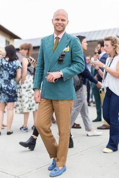 Luca Rubinacci Source: Vogue Portugal - Pitti Uomo 88 Photography: desgensenphoto.com
