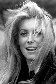 Catherine Deneuve... I always see my big sis in her twenties when I come across this photo. Both Fabulously Beautiful!