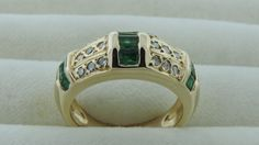 transcendfinejewellery.com Diamond Rings and other fine jewelry at Transcend Fine Jewellery, Toronto Canada.