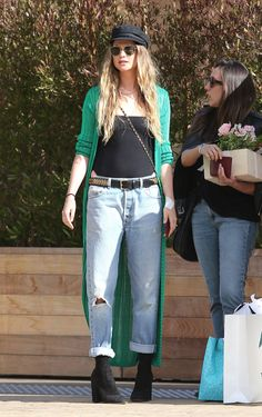 Behati Prinsloo Look Casual Chic, Casual Looks, Chic Outfits, Fashion Outfits, Spring Outfits, Really Cute Outfits, Behati Prinsloo, Online Dress Shopping, Shopping Sites