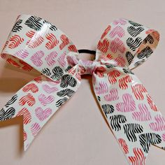 Love Knots: Make a Valentine Duct Tape Hairbow | Spoonful
