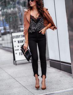 Trends For Women S Fashion 2018 Referral: 5849922813 Stylish Office Wear, Work Wear Office, Casual Office, Business Casual Pants Women, Office Outfits Women, Casual Outfits, Club Outfits, Casual Wear, Blazer Fashion