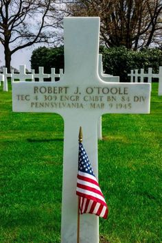 Technician Fourth Grade Robert J. O'Toole U.S. Army 309th Engineer Combat Battalion, 84th Infantry Division Entered the Service From: Pennsylvania Service #: 13059059 Date of Death: March 9, 1945 World War II Buried: Plot N Row 14 Grave 6 Netherlands American Cemetery Margraten, Netherlands
