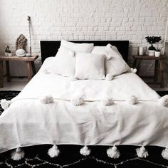 Etsy Home Decor Finds - 20 Pretty Things You'll Love Cal King Bedding, Twin Xl Bedding, Queen Size Bedding, Cotton Blankets, Soft Blankets, Marrakech, Camas Twin, Diy Design, Design Ideas