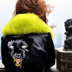 Neon. Panther.
