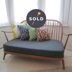 Image of Ercol Windsor Two-Seater Tickety Boo Upholstery Ercol Sofa, Ercol Furniture, 3 Seater Sofa, Retro Furniture, Upcycled Furniture, Sitting Room Decor, Lounge Decor, Mid Century Sofa, Mid Century Furniture