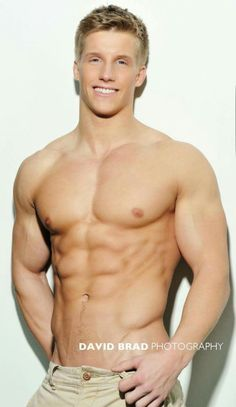 Blonde muscled hunks plow blonde dude