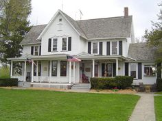 Raymond W. Evans House, / 9914 South Longwood Drive, Chicago IL / 1908 ...