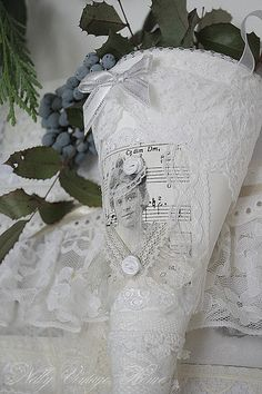 lovely lace and linen cone