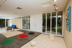 Frank DePasquale designed this mid century Florida home in 1963. I get excited about homes like this, why?