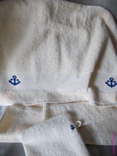 Serviette de toilette - Ancre marine. Brodé mains.  - point de croix - cross stitch - broderie - embroidery -  Blog : http://broderiemimie44.canalblog.com/