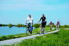 Flussradwege: Am Wasser lang durch Brandenburg- Link: http://www.reisefernsehen.com/reise-news/reise-news-aktivurlaub/387115a31f1139201-flussradwege-am-wasser-lang-durch-brandenburg.php