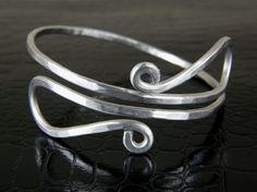 Sale Clearance, Aluminum Wire Bracelet, Aluminum Bangle, Aluminum Cuff, Aluminum Jewelry, Bow Tie Design on Etsy, $10.00