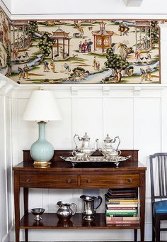 What Happens When You Mix Chinoiserie Decor With Gustavian? One of my favorite vignettes by Megan Rice Yager - with wonderful Scalamandre Chinoiserie wallpaper Dining Room Wainscoting, Wainscoting Ideas, Wainscoting Nursery, Wainscoting Hallway, Starter Home, Chinoiserie Chic, Chinoiserie Wallpaper, Love Home, Decoration
