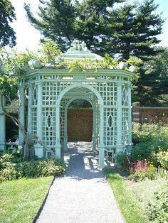34 Fabulous Garden Folly Design Ideas - A beautiful landscape can enhance any architectural project. A talented landscape architect, landscape designer or homeowner with a green thumb makes . Garden Buildings, Garden Structures, Outdoor Structures, Deck With Pergola, Backyard Pergola, Pergola Kits, Outdoor Rooms, Outdoor Gardens, Outdoor Decor