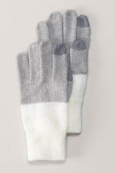 Gloves with touchpoint fingertips for the cell phone