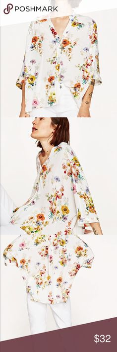 ZARA Floral top NEW without tags Relaxed... V neck short blouse with kimono sleeve Zara Tops Blouses