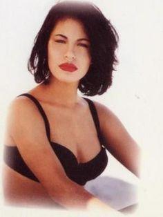 Selena Quintanilla Perez | Selena-selena-quintanilla-perez-15426561-300-400.jpg