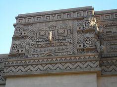 Mayan-Deco Frieze. Federal building San Diego.