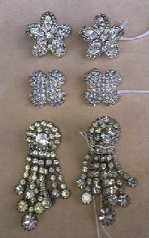 It's gala season in Sarasota and you need to sparkle! Among our selection of fashion jewelry you'll find (top to bottom) vintage Kenneth J Lane, Swarovski Crystal from Austria and vintage rhinestone clips.