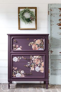 Antique Chest Makeover with Fusion's Twilight Geranium. This time around, I decided to try out one of the new Fusion colors, Twilight Geranium. See tutorial by Lost and Found Decor Diy Furniture Projects, Paint Furniture, Repurposed Furniture, Furniture Decor, Furniture Refinishing, Colorful Furniture, Wallpaper On Furniture, Diy Furniture Repurpose, Bedroom Furniture