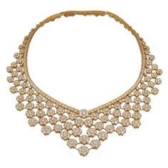 VAN CLEEF & ARPELS Diamond Snow Flakes Necklace