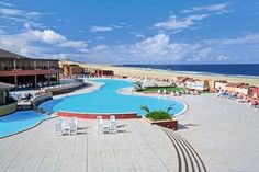 Royal Cameron Boa Vista, Praia de Chaves #capeverde #travel Cape Verde Hotels, Tui Reisecenter, Bon Plan Voyage, Cap Vert, World Thinking Day, I Want To Travel, France, West Africa, Vacation Destinations