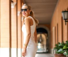 ii+white+faux+leather+zara+cut+out+shoulder+sheath+dress+sunglasses+high+ponytail+strappy+backless+slide+mule+sandals+gorjana+cuff+bracelet+fan+pearl+earrings+chain+link+necklace+work+to+cocktails+professional+women+business+work+fashion+style+blog.jpg (640×538)