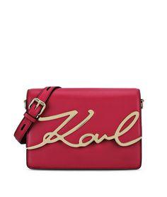 Un sac griffé Karl Lagerfeld