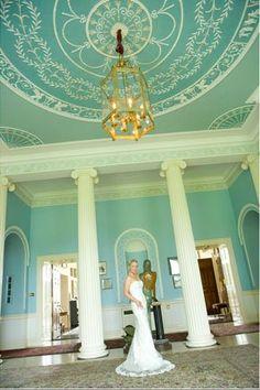 Dublin Wedding Photography by Icon Photography / Barry Regan Icon Photography, Wedding Photography, Wedding Photo Images, Dublin City, Elegant Wedding, Wedding Inspiration, Wedding Dresses, Fashion, Bride Dresses